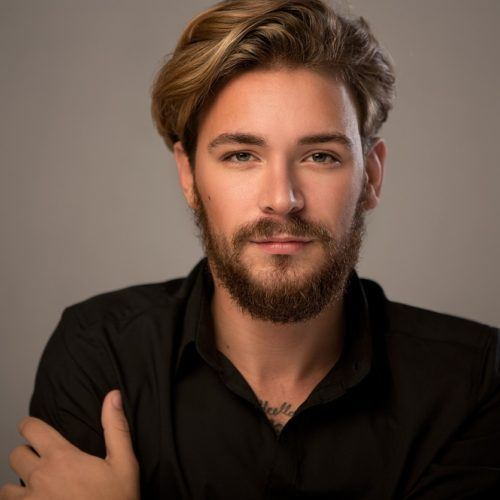 hair-colors-for-men-golden-blonde-min-500x500